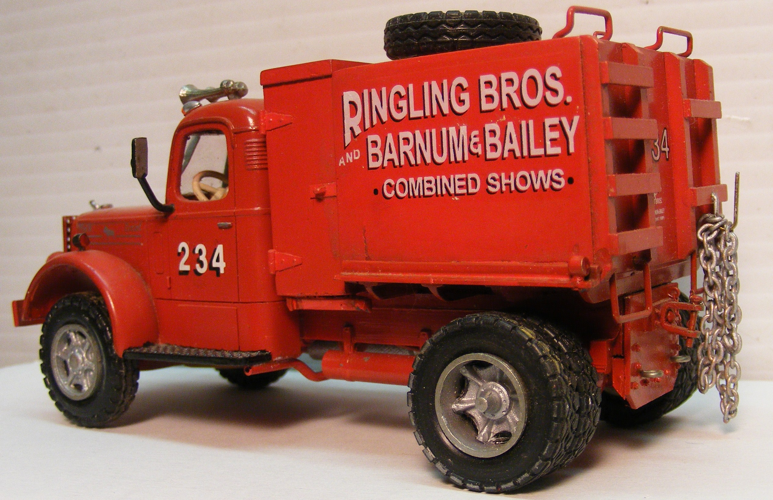 Custom Built Vintage Truck & Circus Models and Kits | Don Mills ...
